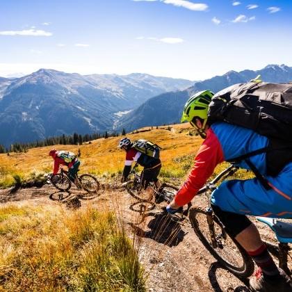 Bergabfahrten über unterschiedlichste Trails