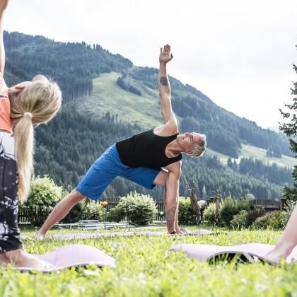 Yoga-Session geführt von Gunter